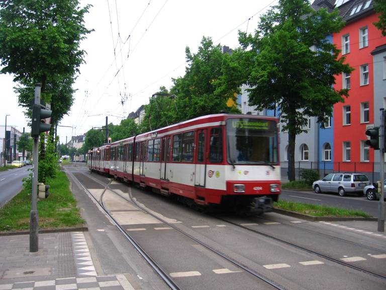 trams trains in d sseldorf deutschland linie u75. Black Bedroom Furniture Sets. Home Design Ideas